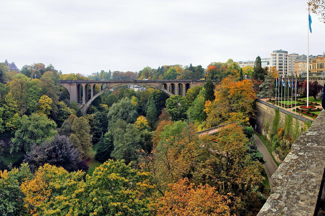 Parcs de la Pétrusse in October, Luxembourg