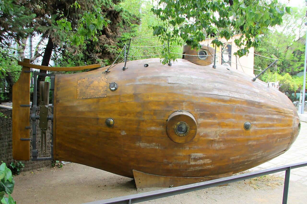 Первая подводная лодка Ictineo I (рыба)