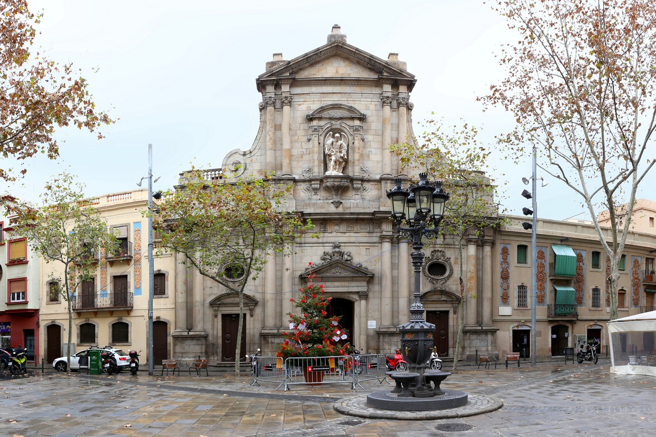 Barceloneta, San Miguel del Port church