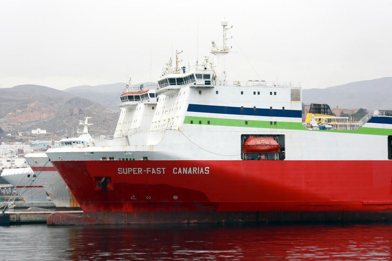 Almería ferry port, Super-Fast Canarias, Super-Fast Bolearias
