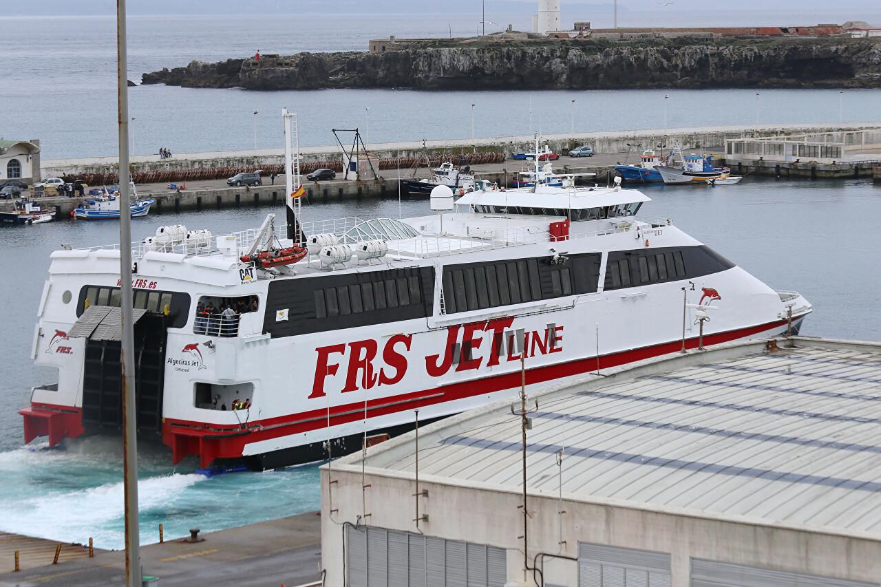 Algeciras Jet catamaran in Tarifa