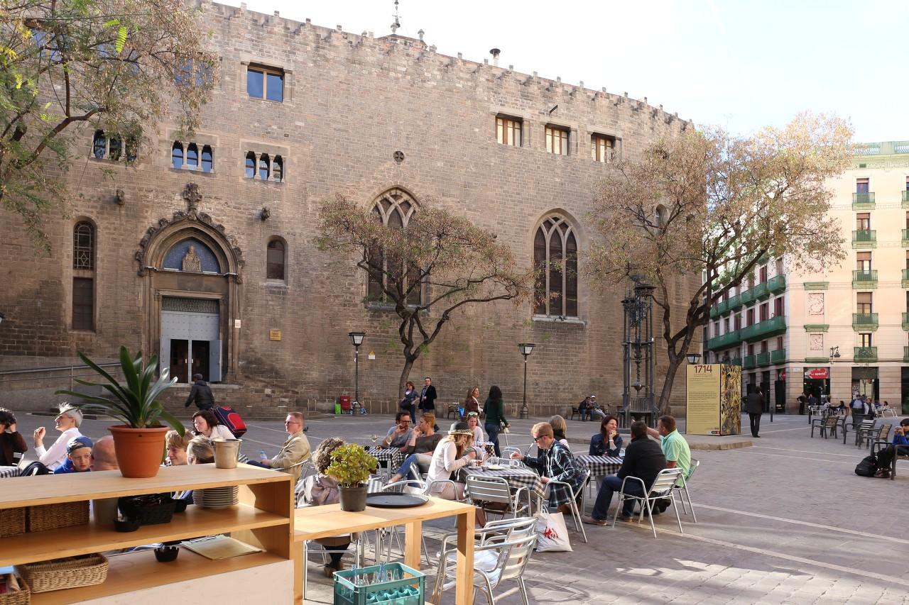 Церковь Сант-Пере-де-лес-Пуэльес, Барселона