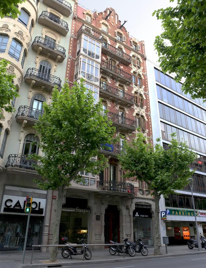 Дом Доменика-и-Эстапа, Барселона
