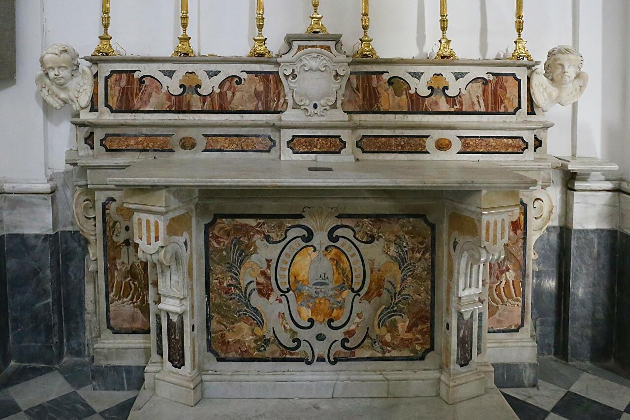 Церковь Санта-Мария-ди-Лорето, Форио