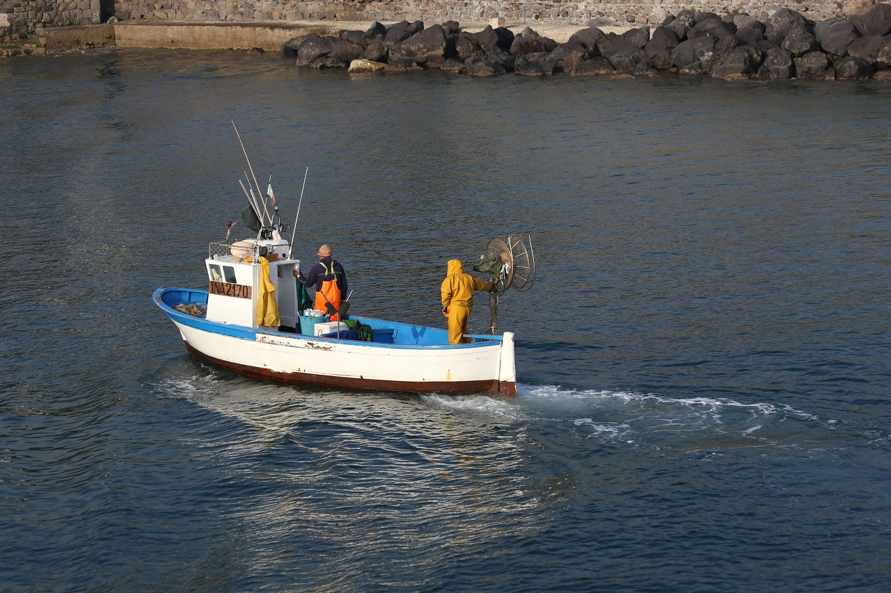 Искья. Рыбаки